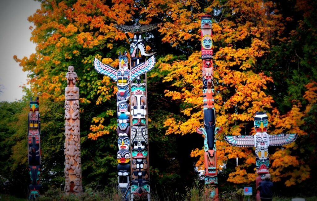 stanley-park-totem-vancouver